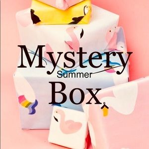 Mystery summer box! 7 items in the box!!! Size XS